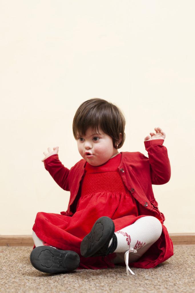 trisomie 21 autisme trouble envahissant du développement  autiste angelman west déficience intellectuelle dys dyspraxie dysgraphie phobies haut potentiel